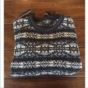 VINTAGE • Tribal Wool Sweater •